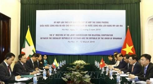 Vietnam-Myanmar : vers un milliard de dollars de commerce bilatéral - ảnh 1