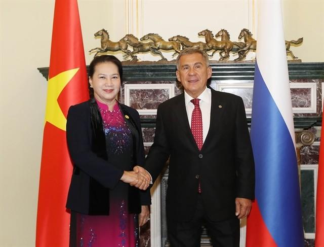 La présidente de l'Assemblée nationale vietnamienne rencontre le président du Tatarstan - ảnh 1