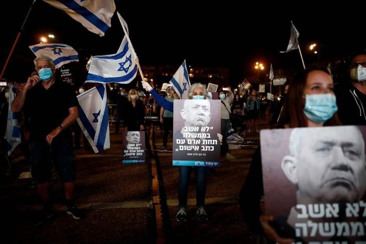 Israël : des milliers de manifestants dans les rues pour « sauver la démocratie » - ảnh 1