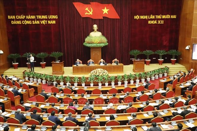 Ouverture du 12e plénum du Comité central du Parti communiste vietnamien - ảnh 1