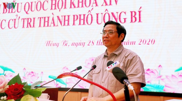 Pham Minh Chinh rencontre les électeurs d'Uông Bi - ảnh 1