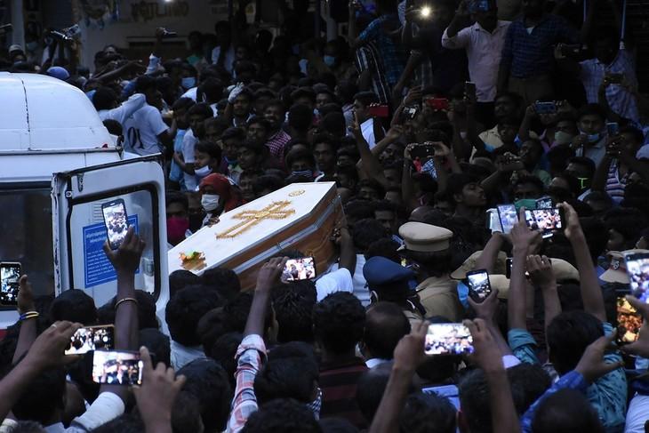 Inde: La colère monte contre les violences policières - ảnh 1