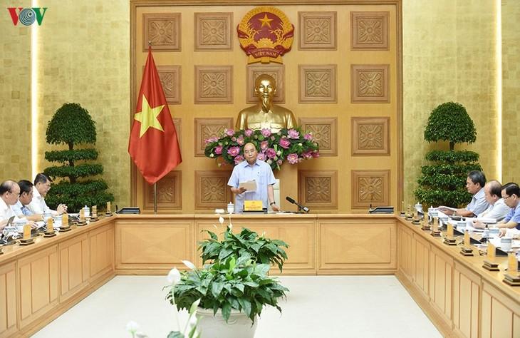 Nguyên Xuân Phuc est satisfait de la restructuration du système bancaire - ảnh 1