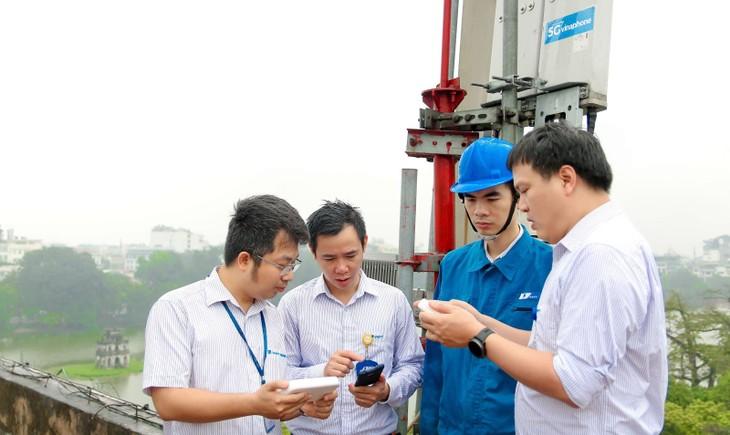 Hanoï installe un réseau de wifi gratuit dans les espaces touristiques - ảnh 1