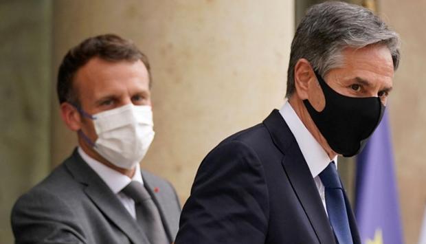 Crise franco-américaine : Emmanuel Macron et Antony Blinken ont partagé un «long tête-à-tête» pour restaurer la confiance - ảnh 1