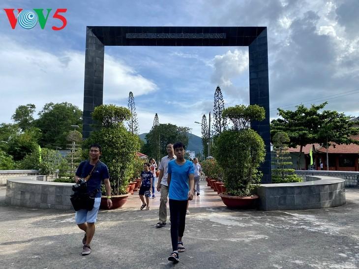Nghĩa Trang Hàng Dương, Côn Đảo những ngày tháng 7 - ảnh 2