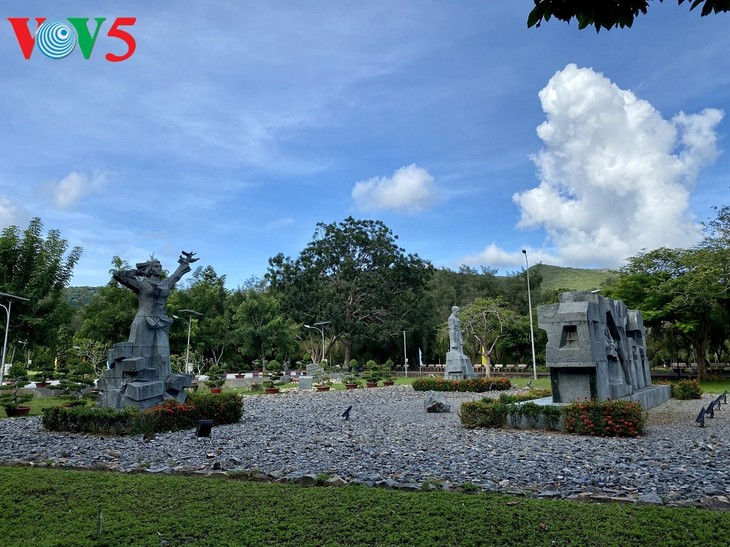 Nghĩa Trang Hàng Dương, Côn Đảo những ngày tháng 7 - ảnh 3