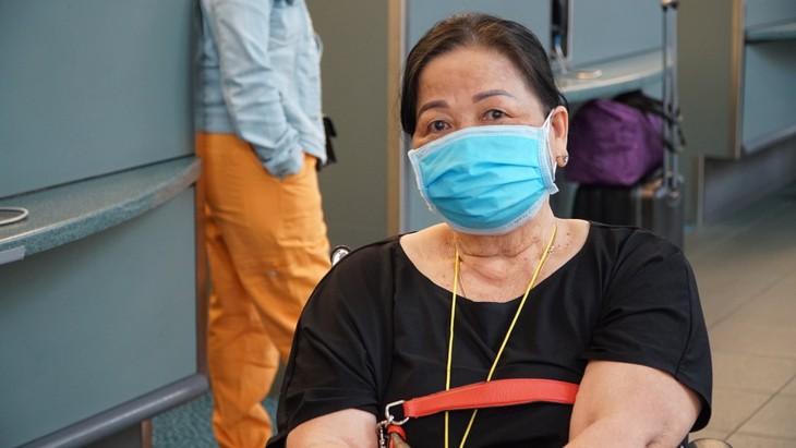 Đưa 264 công dân Việt Nam từ Canada về nước - ảnh 7