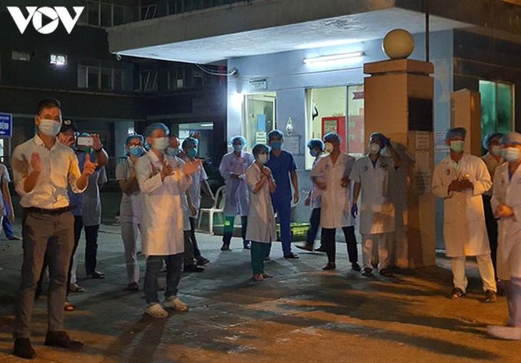 Đà Nẵng dỡ bỏ phong tỏa bệnh viện thứ 2 và gần 3000 dân quanh khu vực - ảnh 1