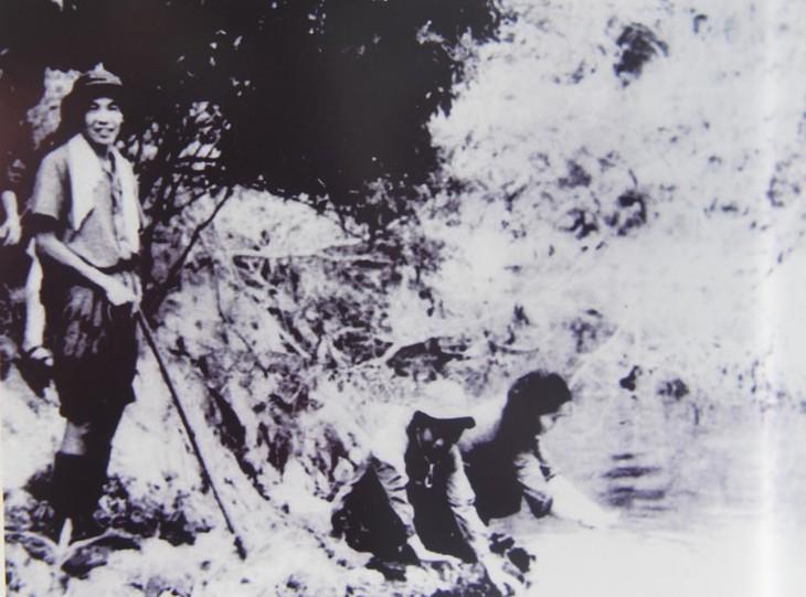 Những hình ảnh quý hiếm về cuộc đời binh nghiệp của Tổng Bí thư Lê Khả Phiêu - ảnh 4