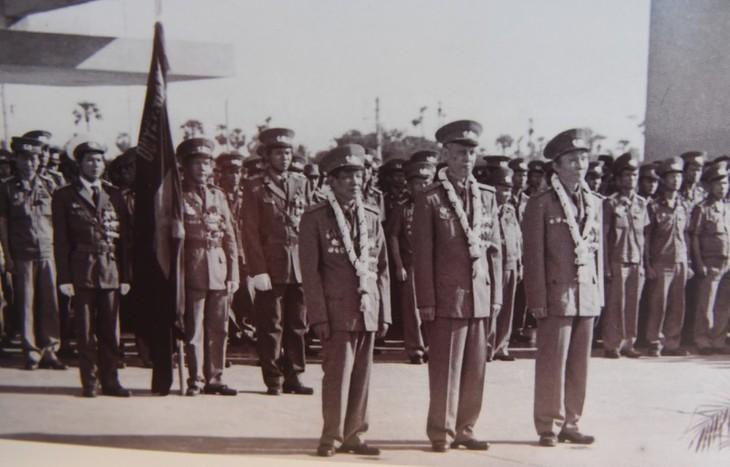 Những hình ảnh quý hiếm về cuộc đời binh nghiệp của Tổng Bí thư Lê Khả Phiêu - ảnh 6