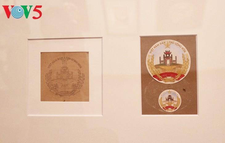 Triển lãm về sự ra đời của Quốc huy Việt Nam tại Hà Nội - ảnh 11