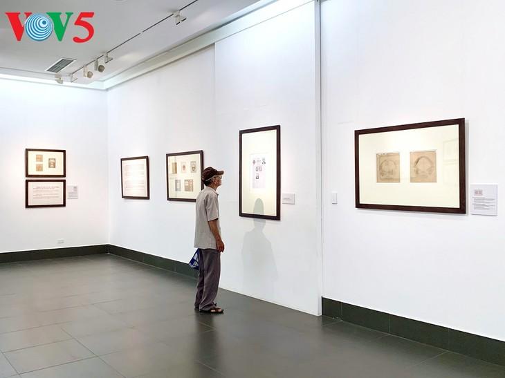 Triển lãm về sự ra đời của Quốc huy Việt Nam tại Hà Nội - ảnh 17
