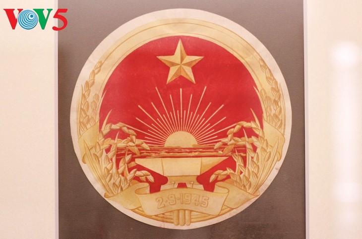 Triển lãm về sự ra đời của Quốc huy Việt Nam tại Hà Nội - ảnh 9
