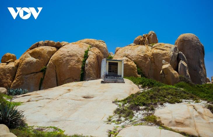 Khu vườn địa đàng đá trên đảo Hòn Cau (Cù Lao Câu) - ảnh 13