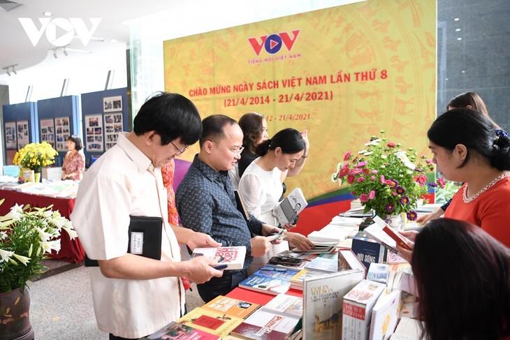 """VOV tổ chức """"Tuần lễ sách 2021"""" tôn vinh giá trị của sách và lan tỏa văn hóa đọc - ảnh 11"""