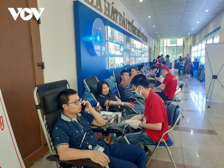VOV tổ chức chương trình hiến máu tình nguyện, lan tỏa yêu thương  - ảnh 1