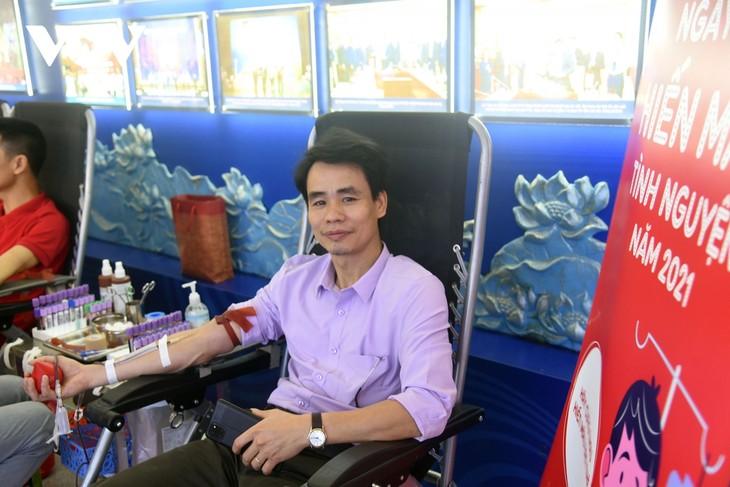 VOV tổ chức chương trình hiến máu tình nguyện, lan tỏa yêu thương  - ảnh 15