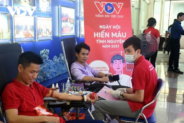 VOV tổ chức chương trình hiến máu tình nguyện, lan tỏa yêu thương  - ảnh 16
