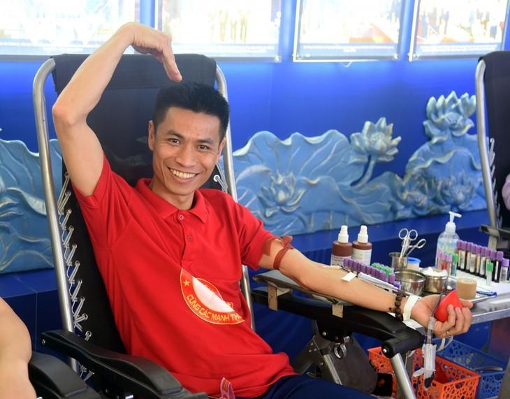 VOV tổ chức chương trình hiến máu tình nguyện, lan tỏa yêu thương  - ảnh 10