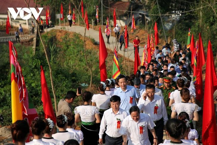 Sôi động lễ hội Then Kin Pang bên dòng Nậm Lụm - ảnh 1