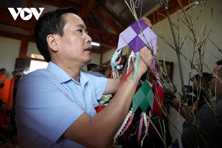 Sôi động lễ hội Then Kin Pang bên dòng Nậm Lụm - ảnh 5