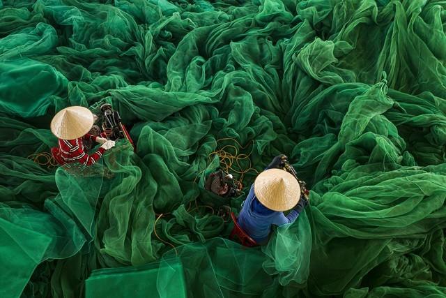 Ảnh người phụ nữ phơi cá của Việt Nam là bức ảnh du lịch đẹp nhất - ảnh 5