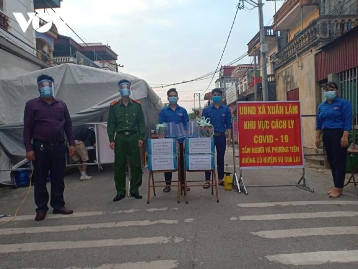Huyện Thuận Thành (Bắc Ninh) tăng cường lấy mẫu F2 và bố trí các chốt trực 24/24h - ảnh 9