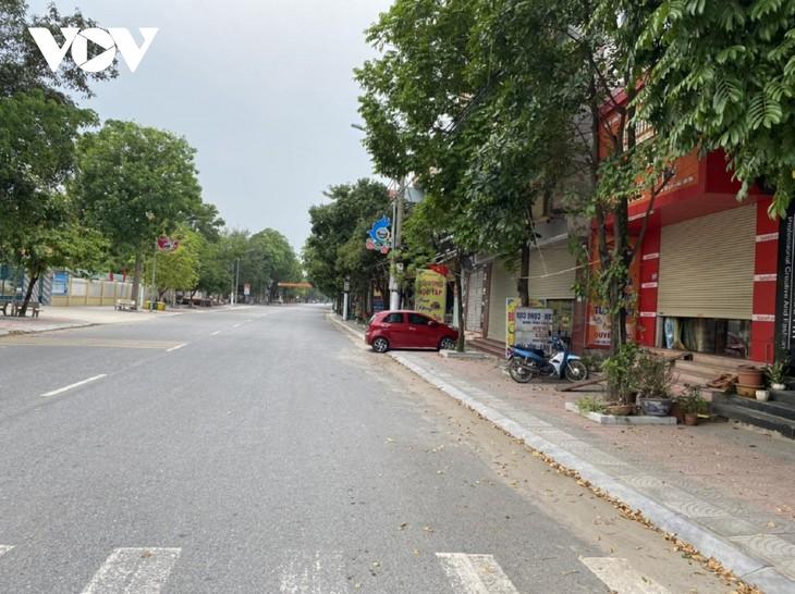 Huyện Thuận Thành (Bắc Ninh) tăng cường lấy mẫu F2 và bố trí các chốt trực 24/24h - ảnh 12