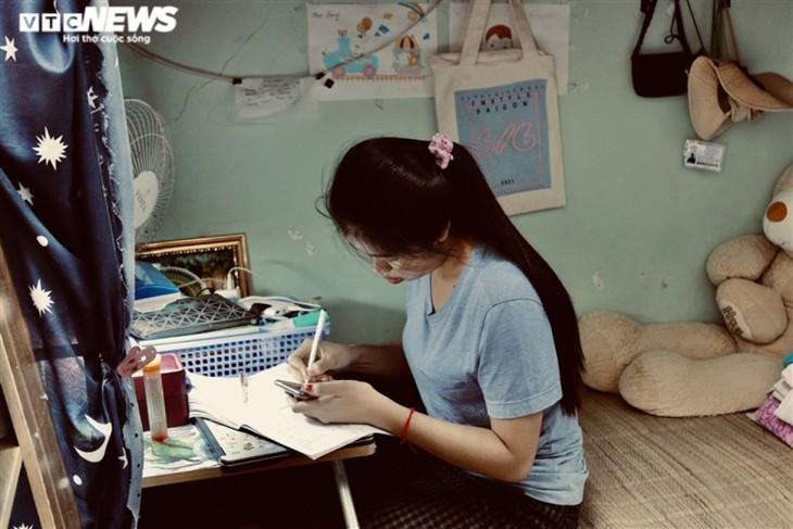 Cuộc sống của sinh viên nước ngoài bị kẹt lại giữa đại dịch COVID-19 - ảnh 2