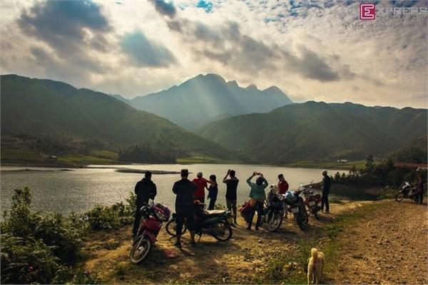 Hồ Séo Mý Tỷ, vẻ đẹp giữa núi rừng Tây Bắc - ảnh 12