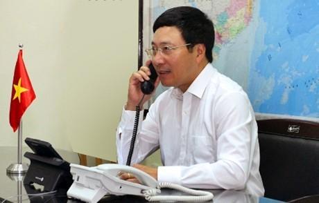 ミン副首相兼外相、露など3カ国の外相と電話会談 - ảnh 1