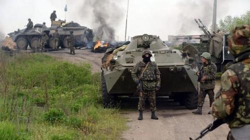 ウクライナ軍13人死亡 大統領選前に戦闘激化 - ảnh 1