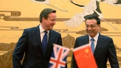 英中首相が会談 経済協力を強化 - ảnh 1