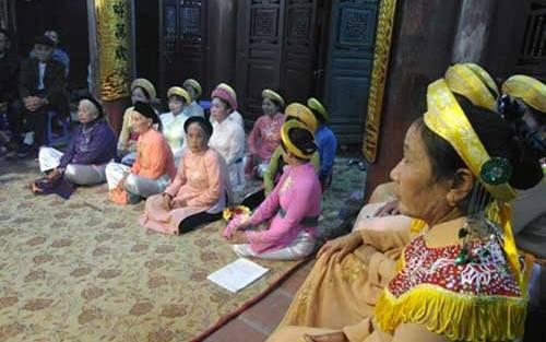 ベトナムの村の集会所、ディンの歌、ハット・クア・ディン - ảnh 1