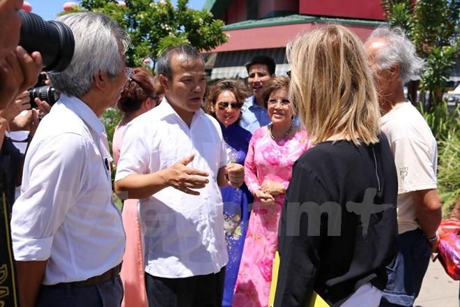 外務省代表団、豪とニューカレドニア在留ベトナム人を訪問 - ảnh 1