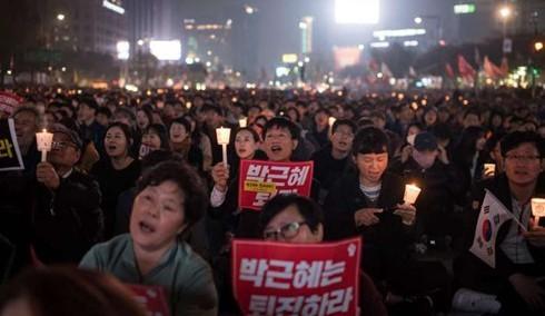韓国大統領の弾劾 賛成・反対双方が大規模集会 - ảnh 1