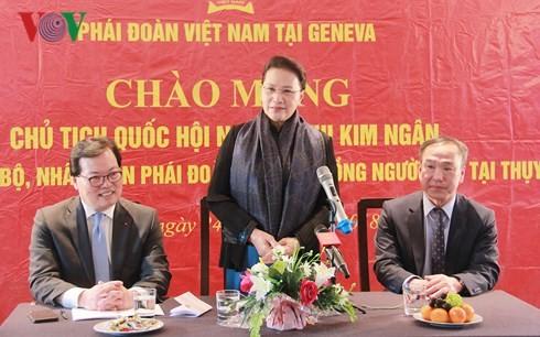 国外在住ベトナム人の祖国発展への参加を重視 - ảnh 1