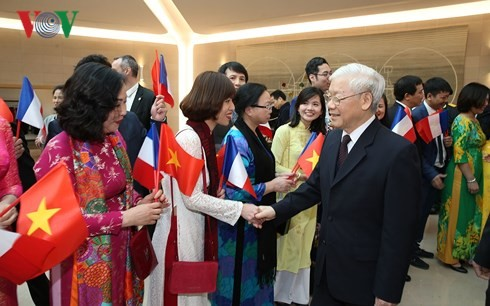 ベトナム・フランスの戦略的パートナー関係を深化へ - ảnh 1