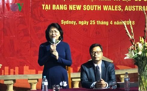 ティン国家副主席、シドニーに在住中のベトナム人と懇親 - ảnh 1