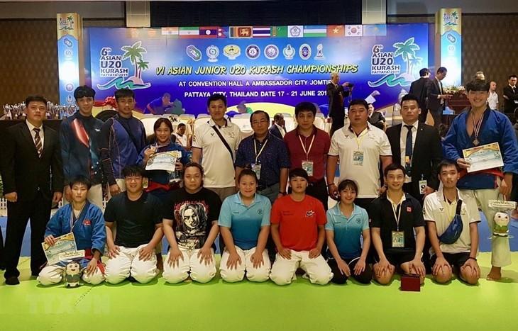 ベトナム代表、アジア若手クラッシュ選手権大会に参加 - ảnh 1