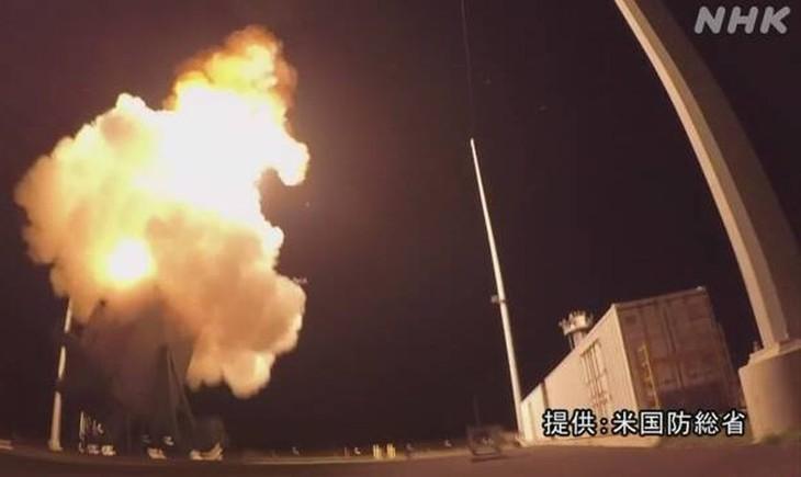 日米共同開発の新型迎撃ミサイル 北朝鮮念頭に初実験へ 米高官 - ảnh 1