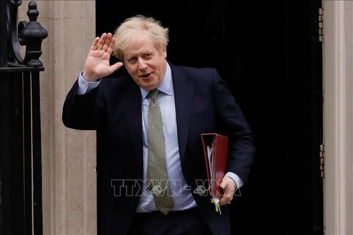 英首相、27日に職務復帰 感染から1カ月ぶり - ảnh 1