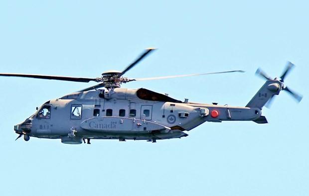 ギリシャ沖でカナダ軍ヘリ墜落、1人死亡 5人不明 - ảnh 1
