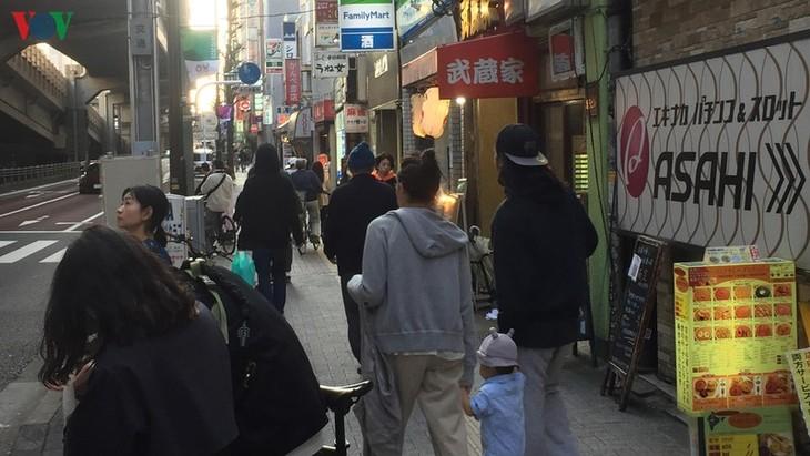 緊急事態宣言 1週間ごと意見聴取 解除など可能か検討へ 日本政府 - ảnh 1