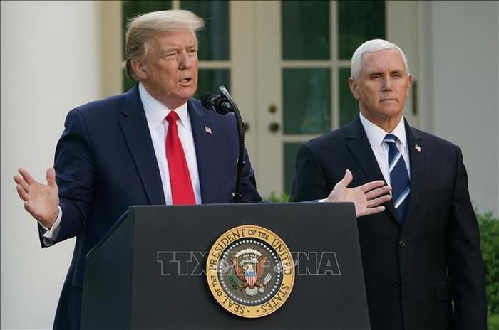 トランプ大統領、米経済再開の必要性強調-感染者や死者増加でも - ảnh 1