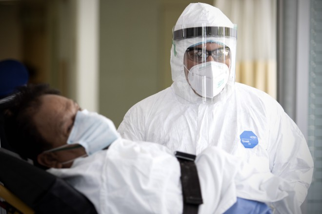 世界の感染者414万8034人 死者28万4124人 新型コロナ - ảnh 1