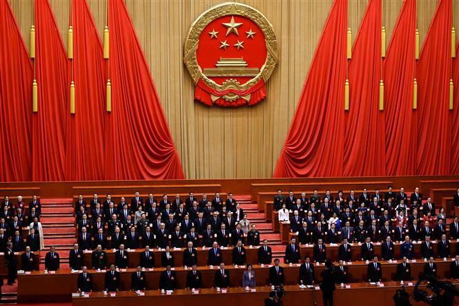 中国全人代が開幕、GDP目標見送り 支出拡大を表明 - ảnh 1