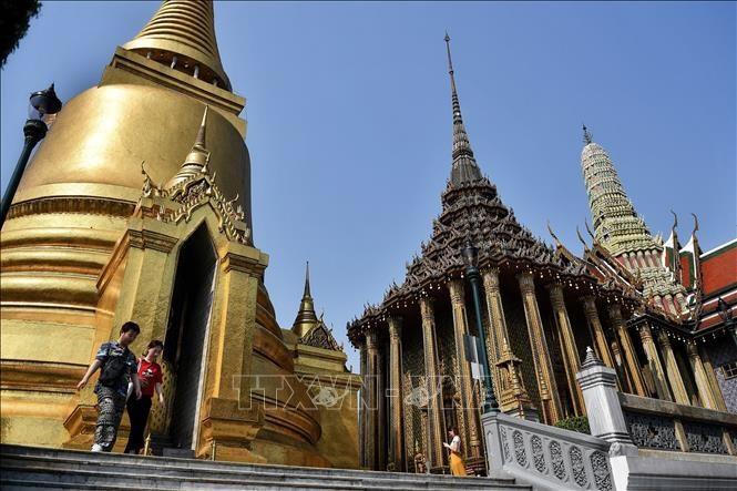タイ、入国規制緩和を検討 夜間外出禁止を解除 - ảnh 1