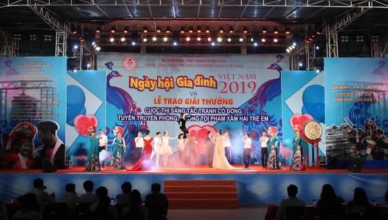 Das vietnamesische Familien-Fest 2020 - ảnh 1